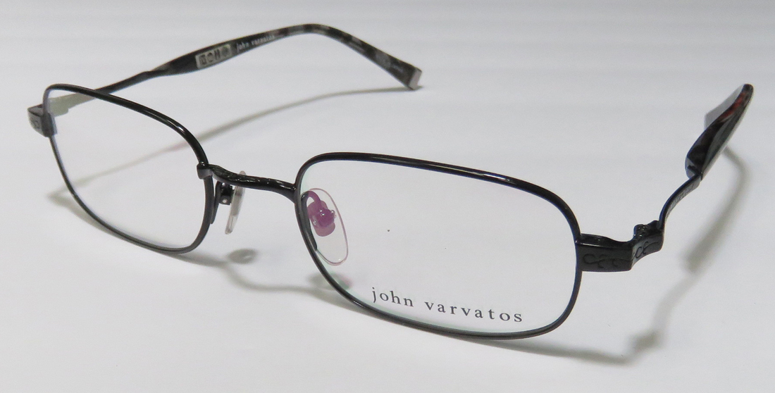 JOHN VARVATOS V140 BLACK